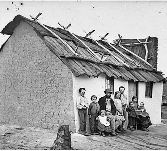 20081216144450_couple with seven children in front of their cottage with bark roof, hill end, 1871-1875.jpg